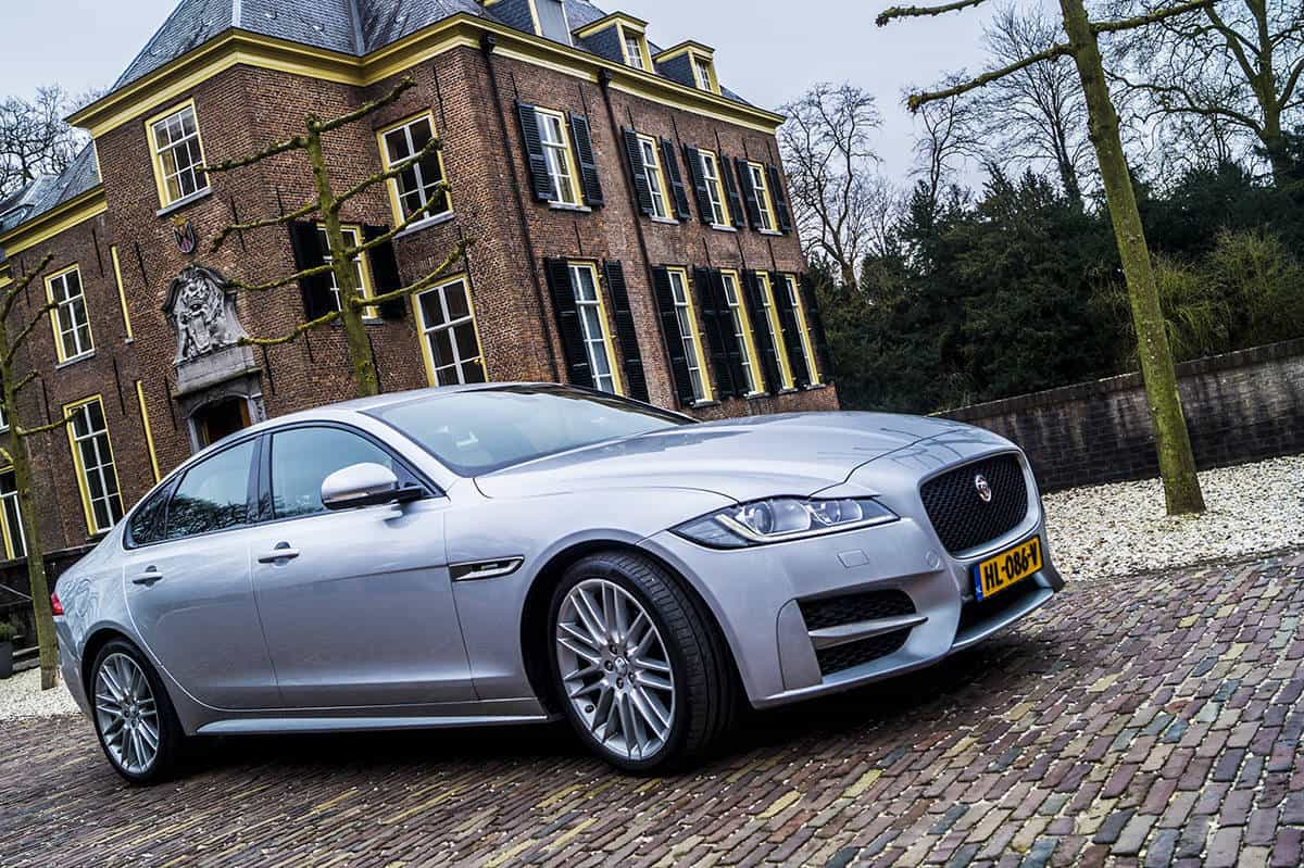 Jaguar-xf-header